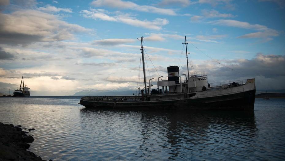 Tierra del Fuego  Intentarán salvar el Saint Christopher, el barco varado hace 64 años en el Canal de Beagle