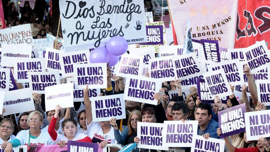 Denuncia de familiares  Se demora la aplicación de la ley que indemniza a los hijos de las víctimas de femicidio