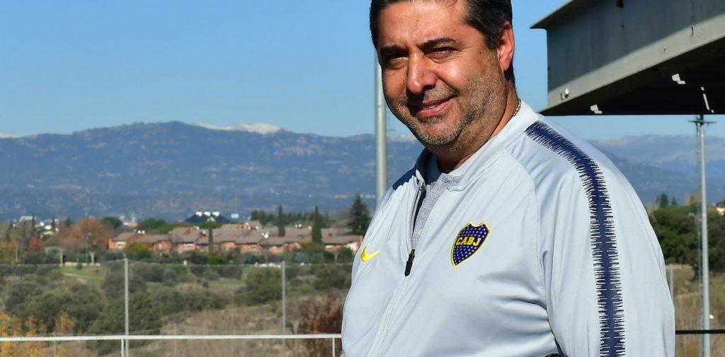 """El presidente de Boca  Angelici opinó que la AFA debe ofrecerle la Selección a Gallardo, aunque aclaró que """"no es para sacarle el DT a River"""""""