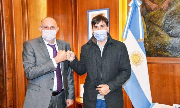 Intendentes bonaerenses en el gobierno nacional Francisco Echarren vuelve a pedir licencia como intendente de Castelli: esta vez se suma al ministerio de Transporte de la Nación
