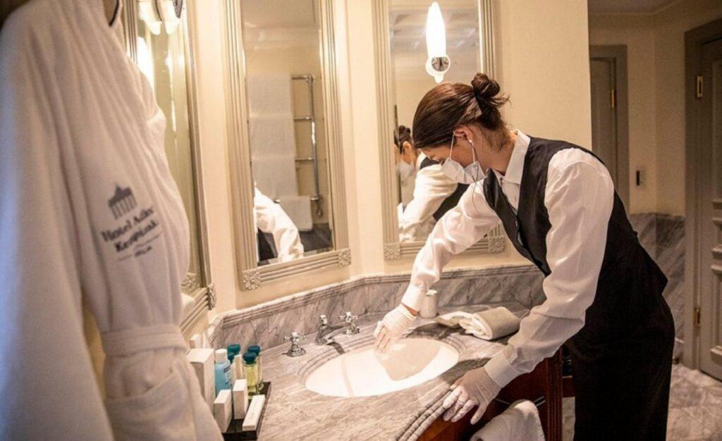 Coronavirus: cuáles son los hoteles de la región habilitados para que los viajeros que llegan del exterior hagan el aislamiento