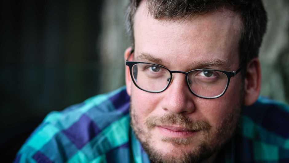 O autor de Tartarugas Até Lá Embaixo, John Green