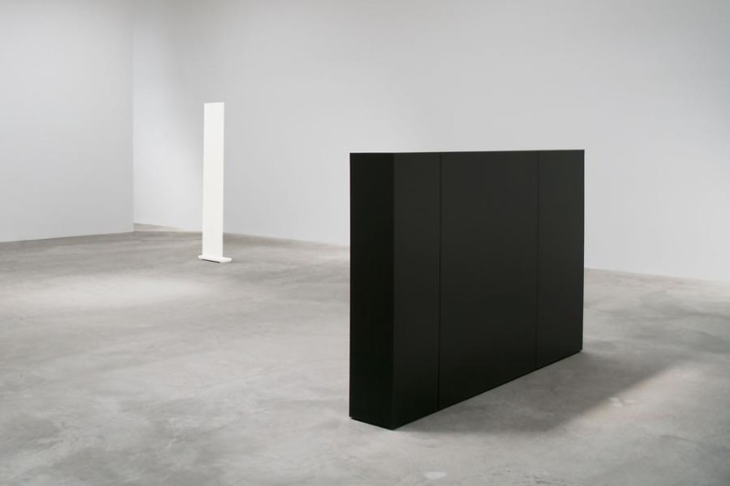 Anne Truitt, '62-'63 (installation view). Image courtesy of Matthew Marks Gallery (1)