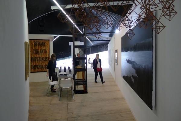 Milena Korolczuk, Slavs and Tatars, Rafał Bujnowski, Raster, booth 0/10/10, photo Andrzej Szczepaniak for Contemporary Lynx