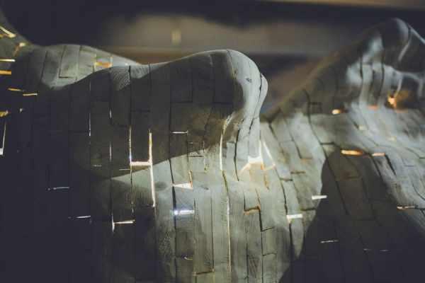 Tatiana Wolska, Vielleuse #II, 2014, detail, wooden wastes, screws, Les Modules, Palais de Tokyo, © Tatiana Wolska, Photograph: Karolina Kodlubaj