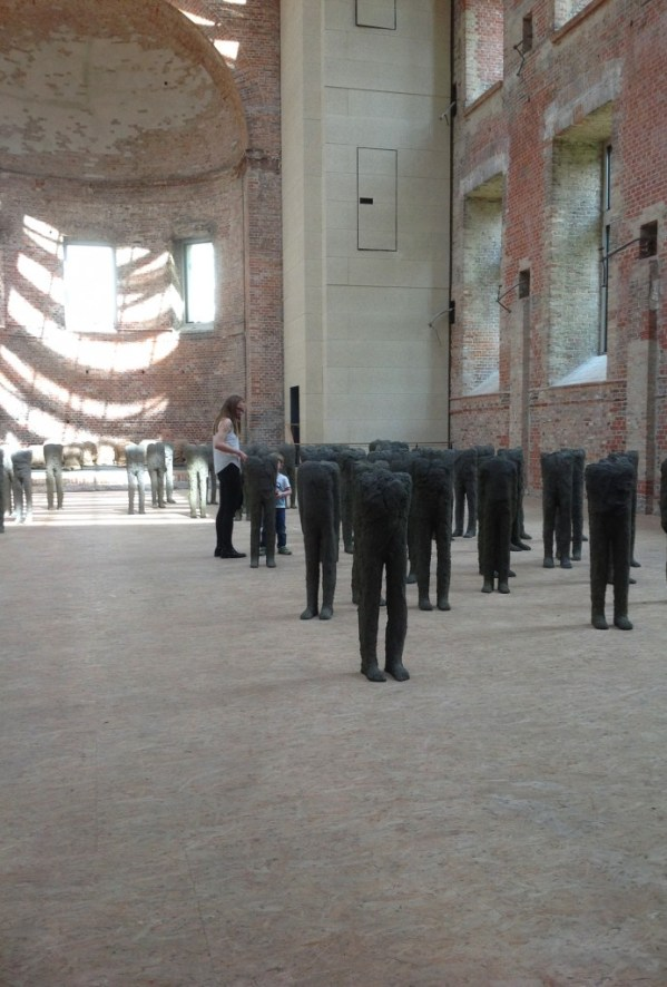 Magdalena Abakanowicz, Bambini, 1998-99, St. Elisabeth Church in Berlin, photo Contemporary Lynx
