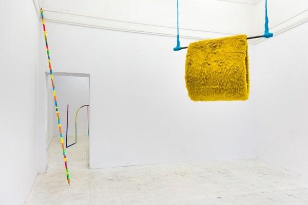 Alicja Bielawska widok wystawy Mufka na trapezie, 2014, photo Bartosz Górka, courtesy of the artis and Starter Gallery, Warsaw