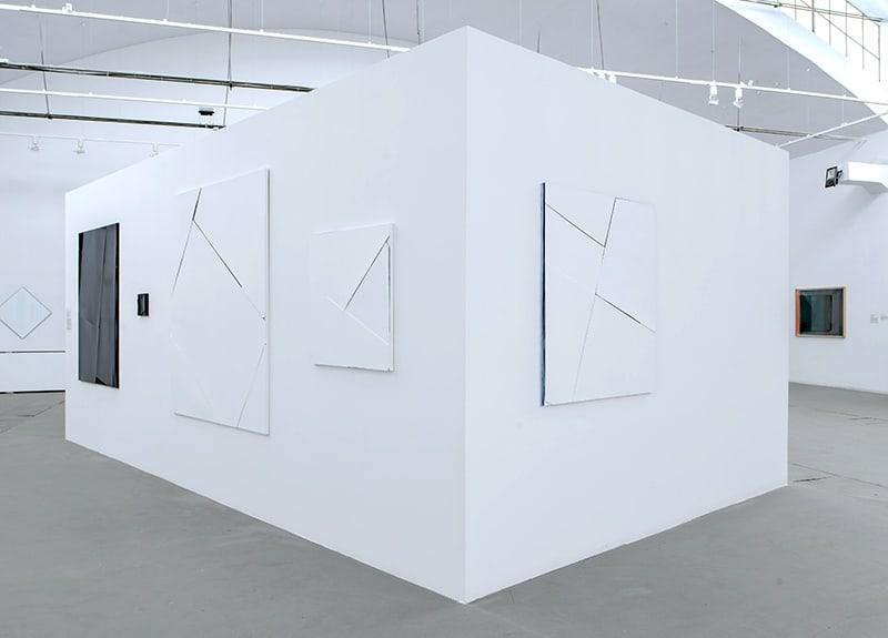Natalia Załuska, Installation view: Mere formality, Galeria Labirynt, photo Wojciech Pacewicz