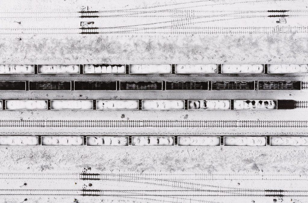 Kacper Kowalski, Trains. Poland, 2016 © the artist