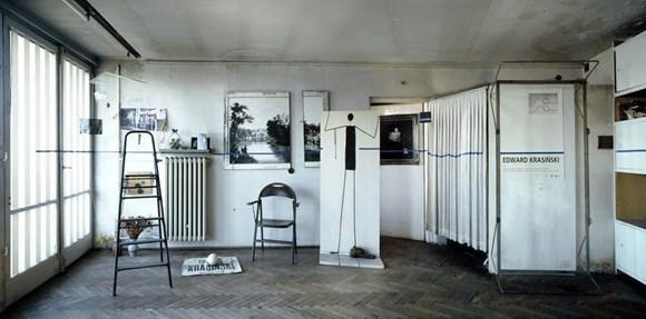 Edward Krasiński's studio, Warsaw, photo by Jan Smaga & Aneta Grzeszykowska, courtesy Paulina Krasinska and Foksal Gallery Foundation