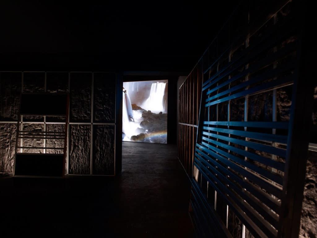 Angelika Markul, Terre de departe, Palais de Tokyo, 2014, courtesy the artist