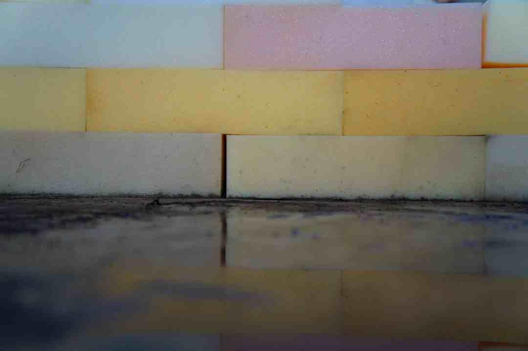 Karolina Balcer, Sponge Wall, interactive object