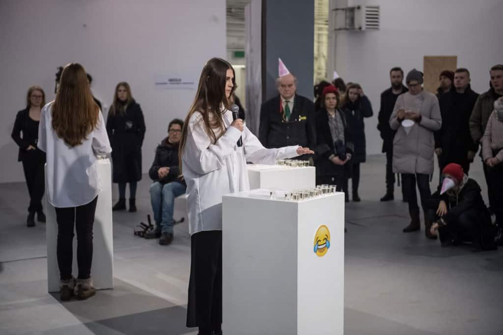 Performative actions: Izabela Bartman, Bożna Wydrowska, Alicia Montserrat; photo Wojciech Pacewicz