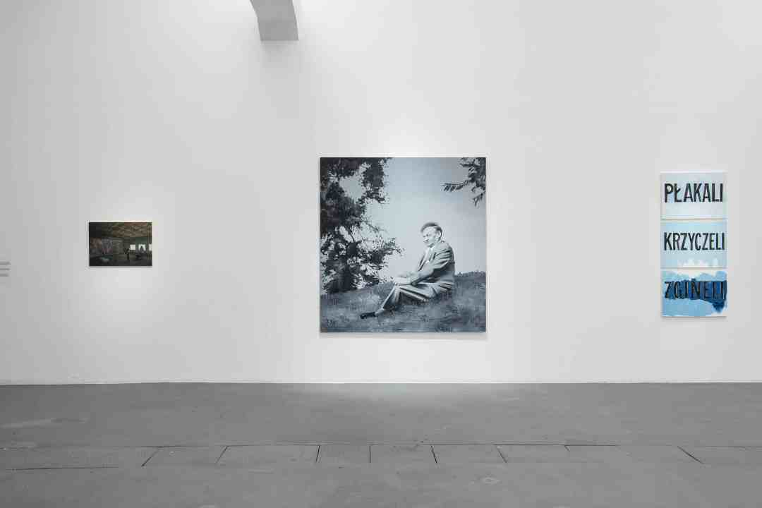 """From the left: Şerban Savu, """"Steelworkers"""", oil on panel,2015; Wilhelm Sasnal, """"Broniewski"""", 2005, oil on canvas; Jadwiga Sawicka, """"They Cried, They Screamed, They Died"""", oil on canvas, 2011; photo: Wojciech Pacewicz"""