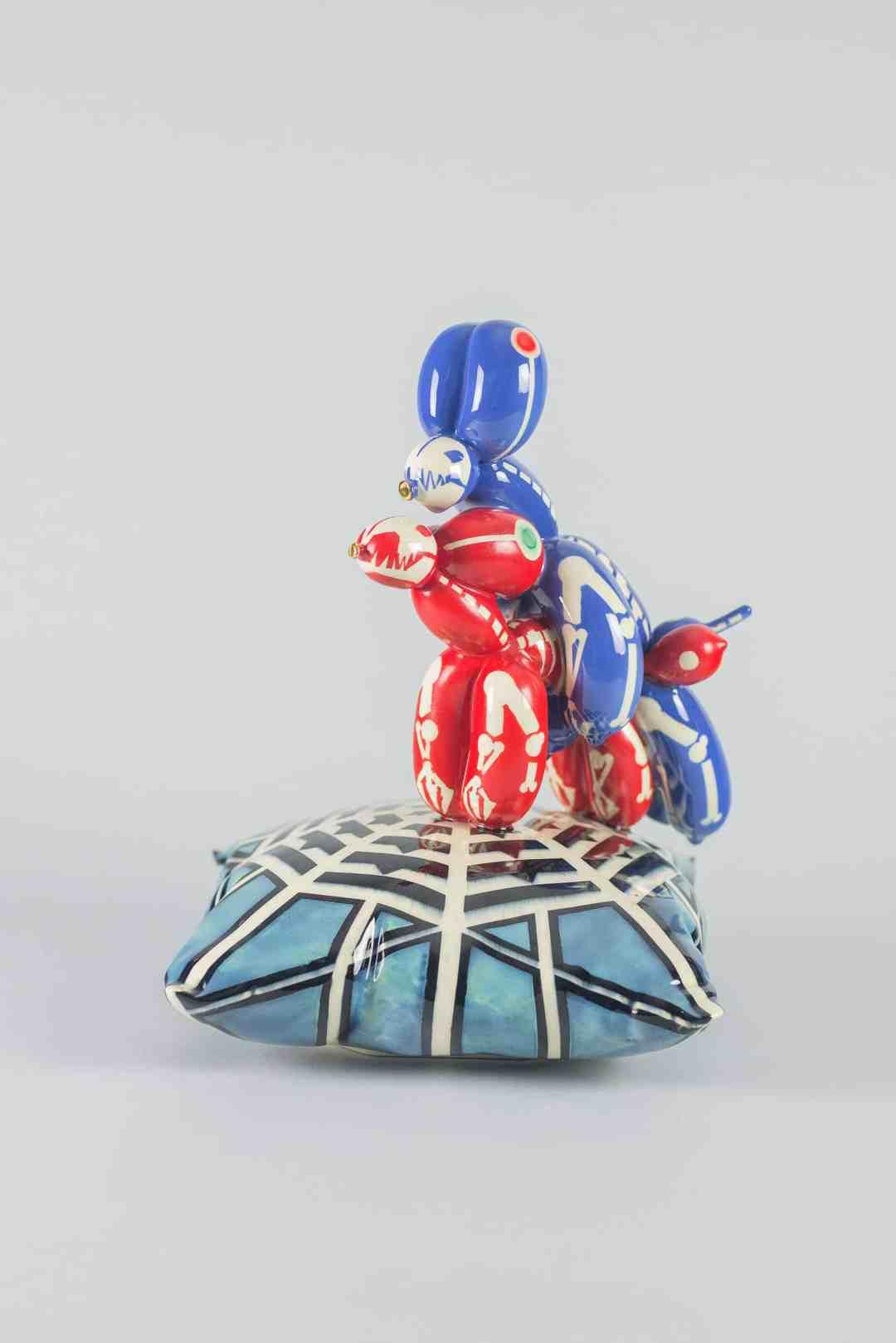 Mariusz Dydo, Shunga Dogs Alfa – Alfa 2018, glazed ceramic, 35 x 26,5 x 25 cm, signed