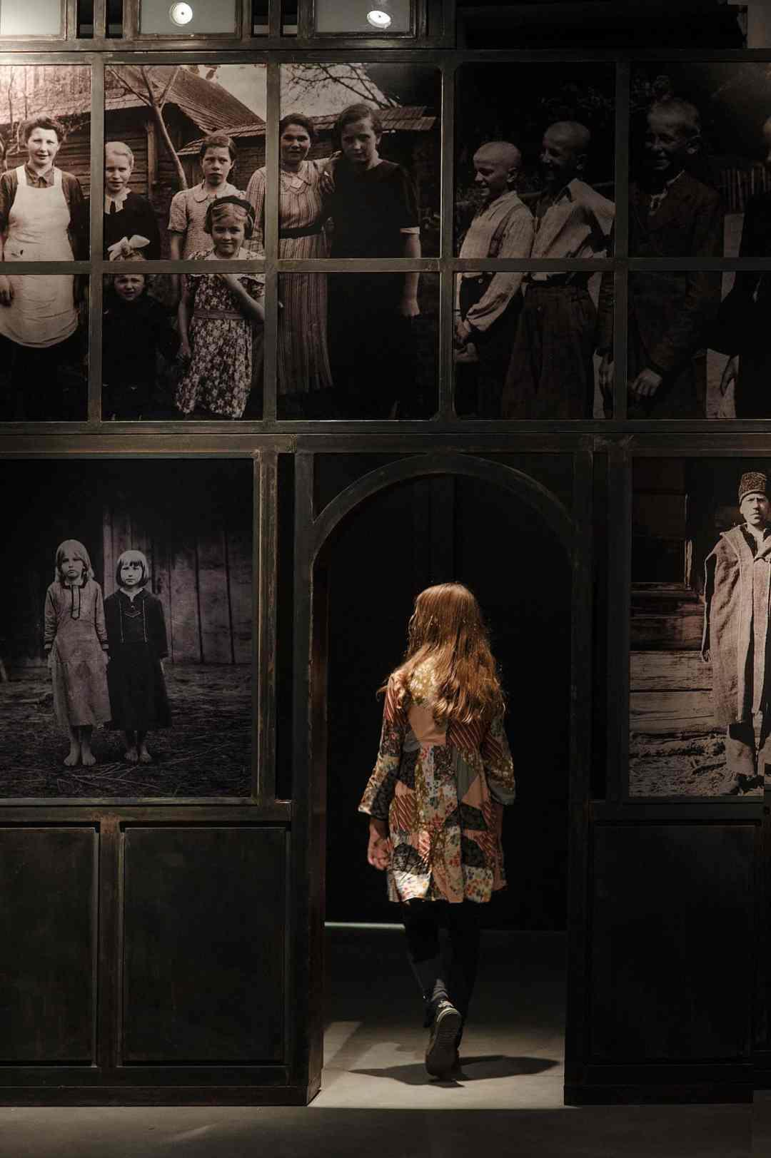 Dorota Nieznalska, 'Violence and Memory' - exhibition, the Gdynia City Museum, photo: Bogna Kociumbas