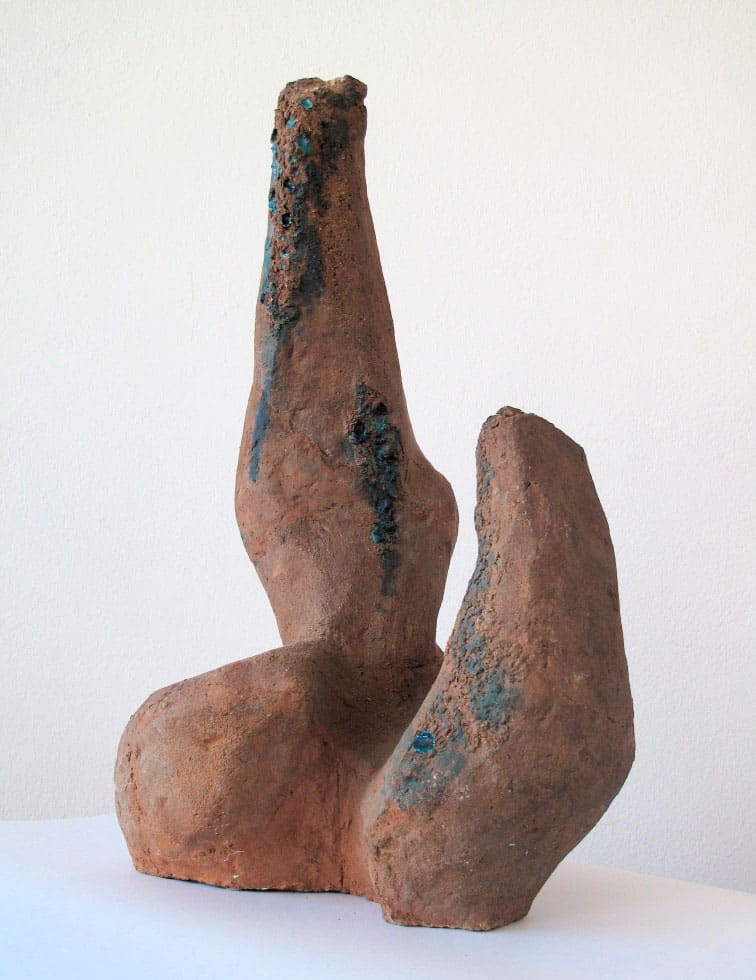 Magdalena Więcek, Nature / Collisions, 1958, ceramic, 57 x 36 x 24 cm, courtesy of Magdalena Więcek Estate