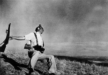 Robert Capa, the Falling Soldier, 1936