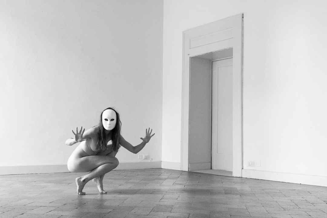 Aleksandra Karpowicz, Eleutherophobia
