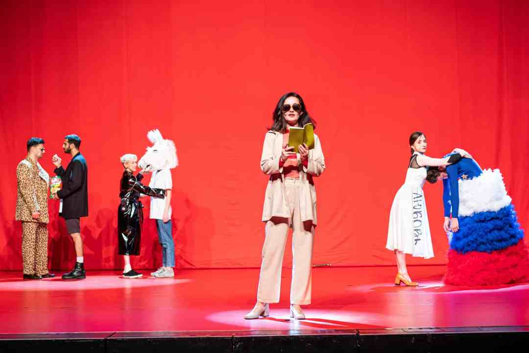 Keti Chukhrov / Guram Matskhonashvili, Global Congress of Post-Prostitution, 2019, performance, Orpheum Graz, photo: Mathias Völzke