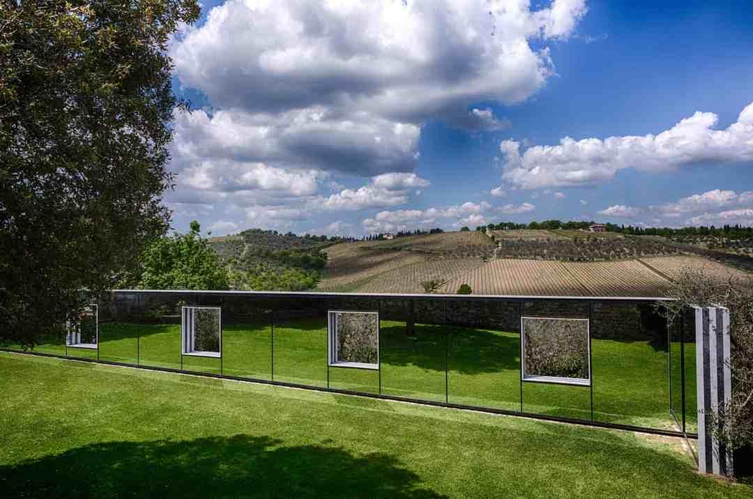 Daniel Buren, Particolare, Castello di Ama per l'Arte Contemporanea, photo by Alessandro Moggi
