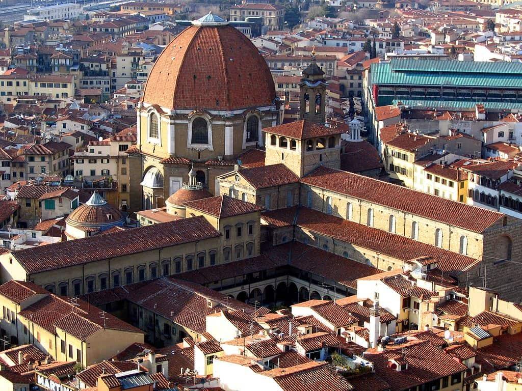 Complesso di San Lorenzo, source: Wikipedia, photo: Sailko