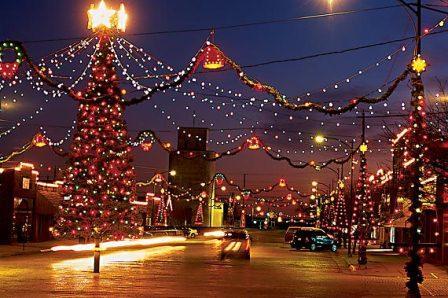Holiday Malaise: Compulsory Christmas And Christian Privilege