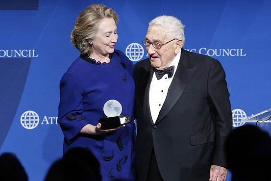 Apparently, Hillary Clinton And Henry Kissinger Pal Around Together In The Caribbean