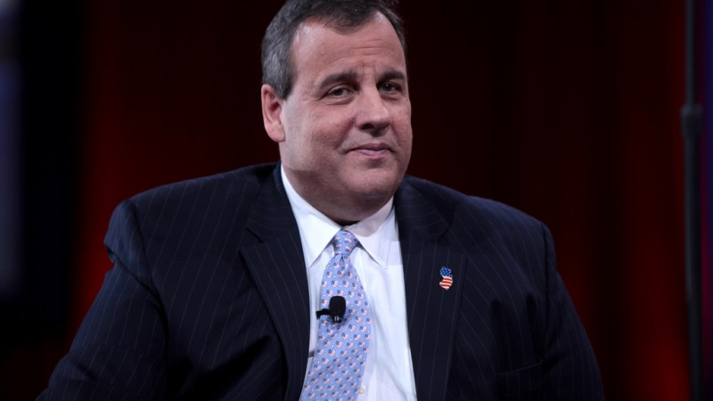 Chris Christie: Hillary Clinton Started The Insults And Bigotry, Not Trump
