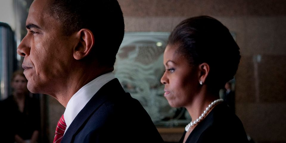 1280px-barack__michelle_obama_prepare_to_attend_fort_hood_memorial_service_2009-11-10