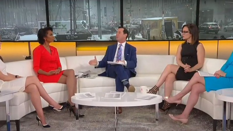 Watch Fox Hosts Pre-Spin Mueller Report as 'Tepid' Despite No One Having Seen It Yet