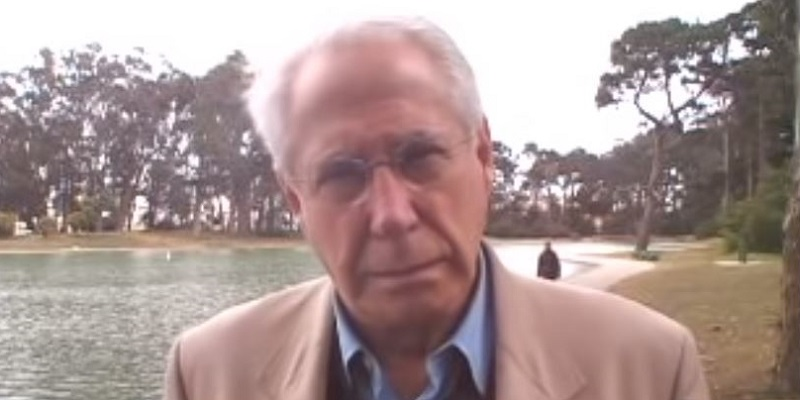Presidential Candidate Mike Gravel Fundraises After Telling Tucker Carlson to F**k Off