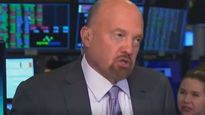 Jim Cramer Mad at 'Boneheads in Twitter' Who Claim He Said Elizabeth Warren Has 'Gotta Be Stopped'