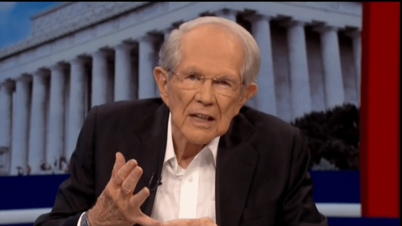 Televangelist Pat Robertson Compares Trump Pulling out of Syria to Appeasing Hitler