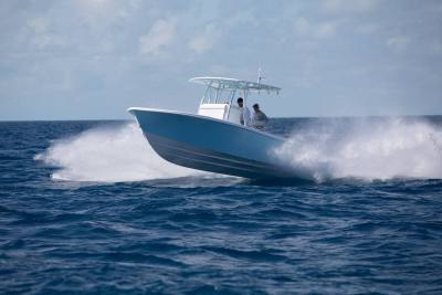 Contender 28T Center Console Fishing Boats Running