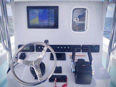 Contender Boats  T Nana Interior