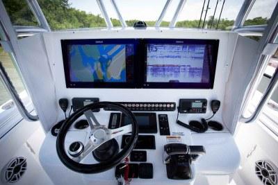 Helm station Simrad electronics livorsi steering wheel Contender Boats ST  interior