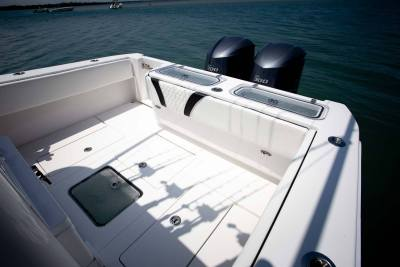 twin  yamaha stern shot from midship Contender Boats ST  interior