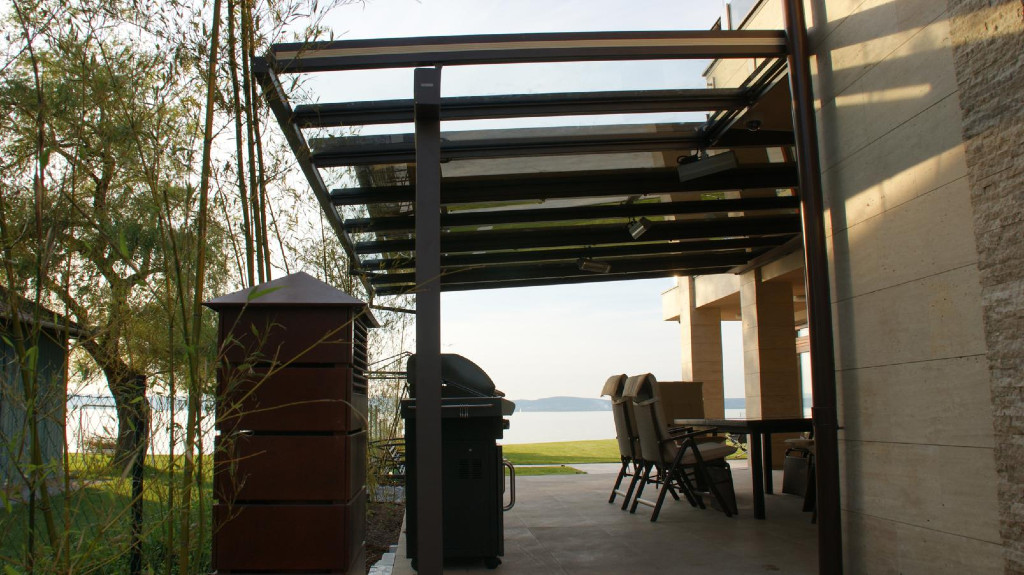Terrassendach-T2-Warema-Terrassenüberdachung-Markise