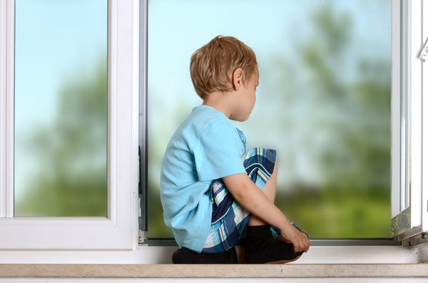 Sichere Fenster im Kinderzimmer