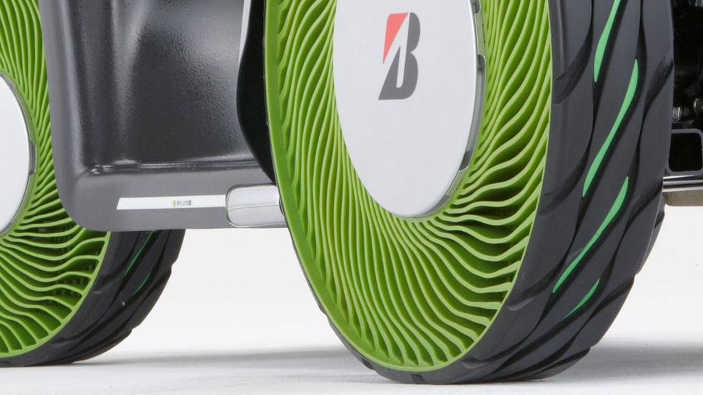 Bridgestone también tiene su proyecto se cubiertas sin aire.