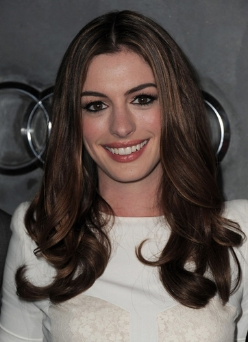 Anne Hathaway By NaturallyCurly