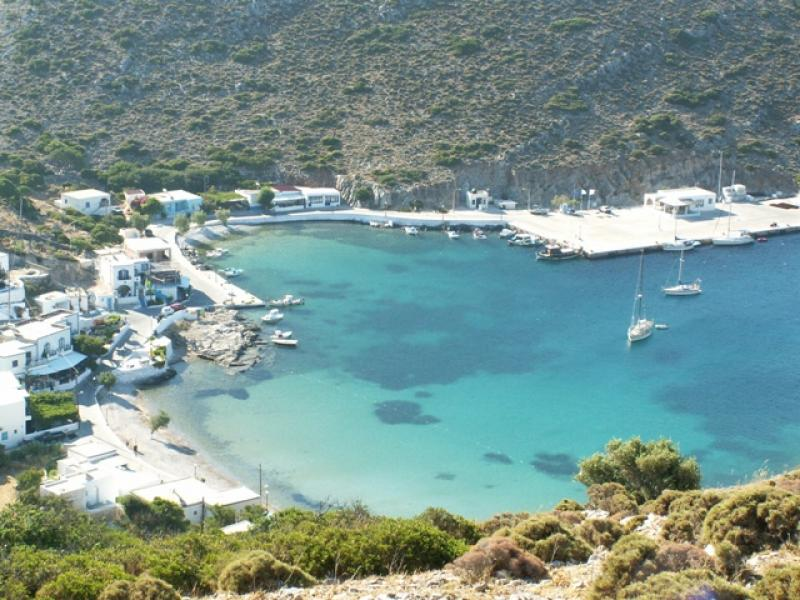 ROOMS TO LET APPARTMENTS ROOMS AGATHONISI HOLIDAY