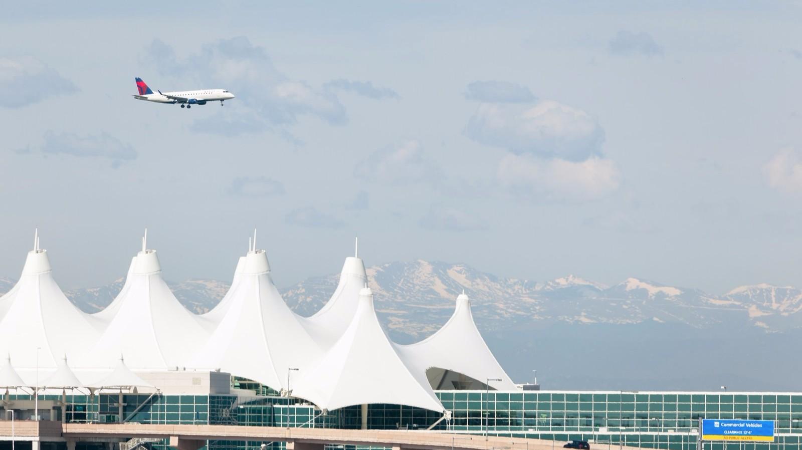United Broncos Denver Airlines