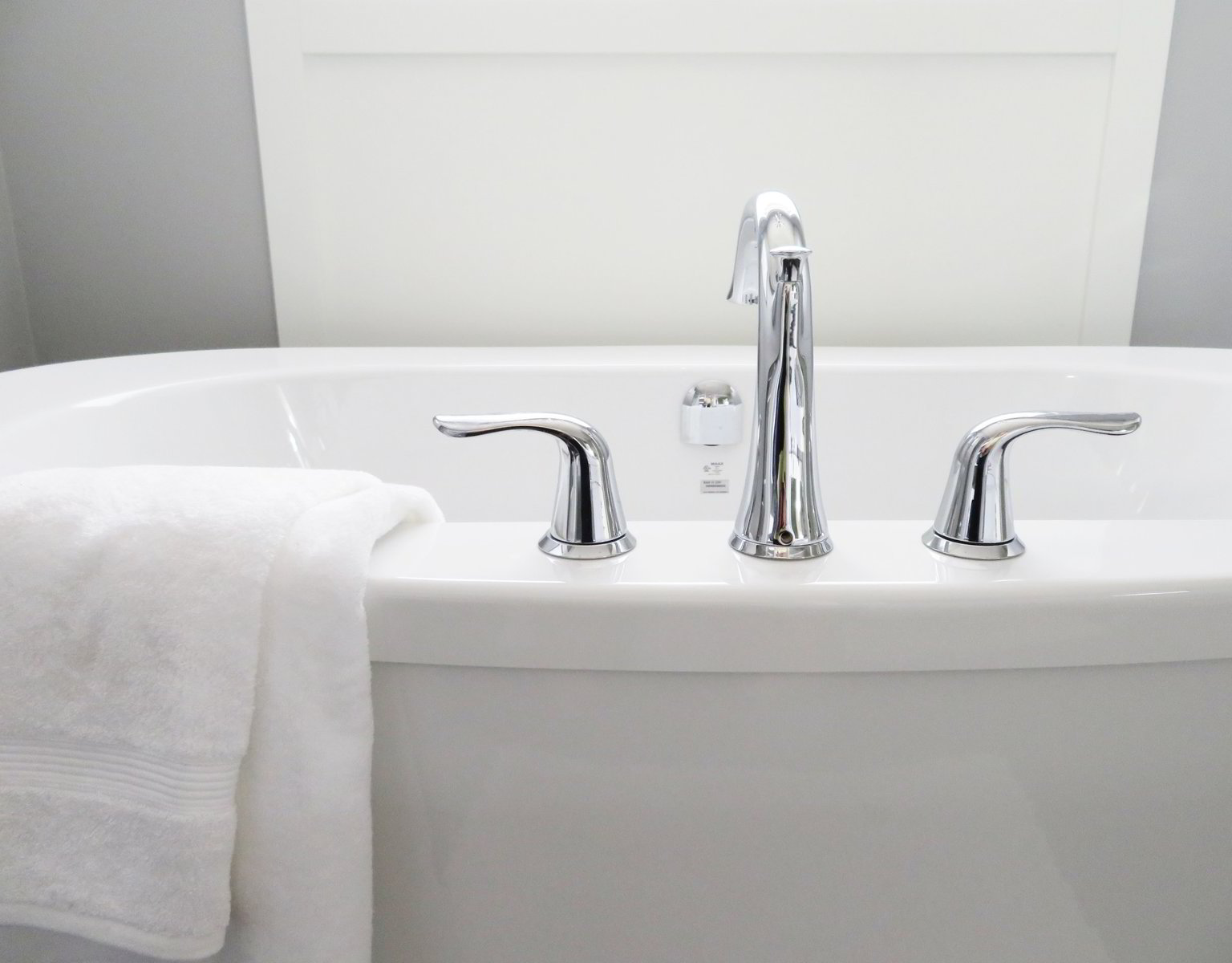 how to fix a leaky bathtub faucet a