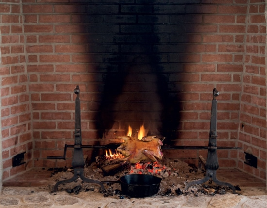 46.2_cKeller+Keller_fireplace_cookingwithfire