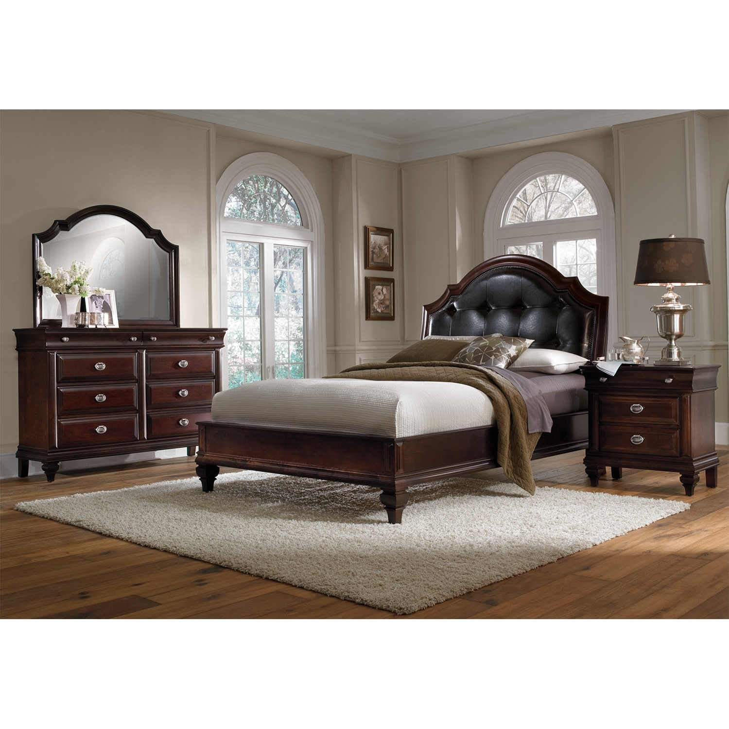 Manhattan 6-Piece Queen Bedroom Set - Cherry | Value City ...