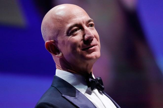 نتيجة بحث الصور عن Jeff Bezos loss