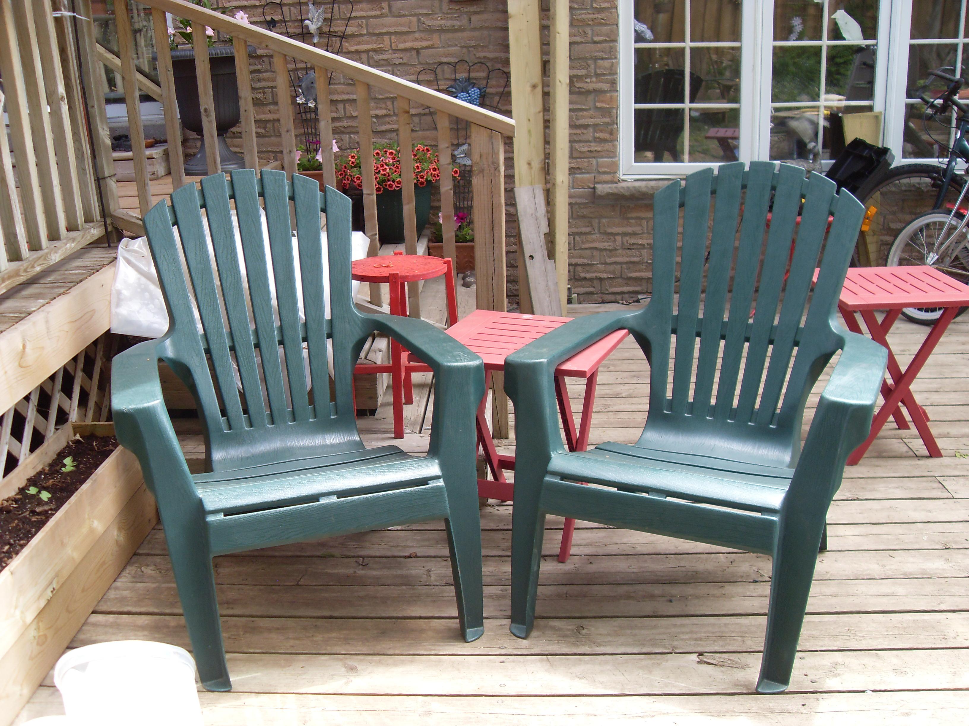 into an oxidized pvc deck chair ready