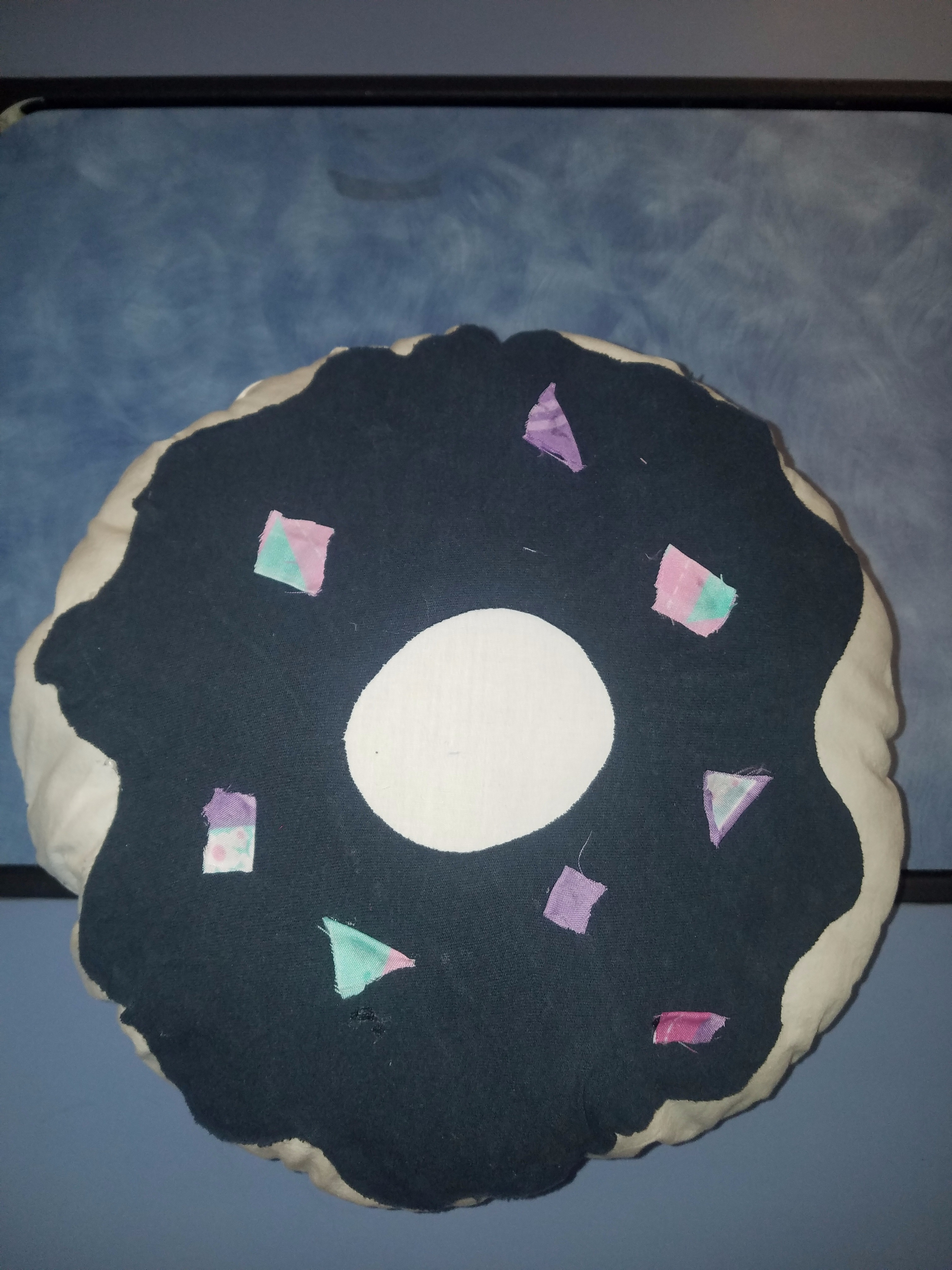 how to make a donut pillow 6 steps